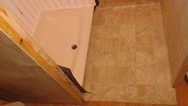 tiny house bathroom floor
