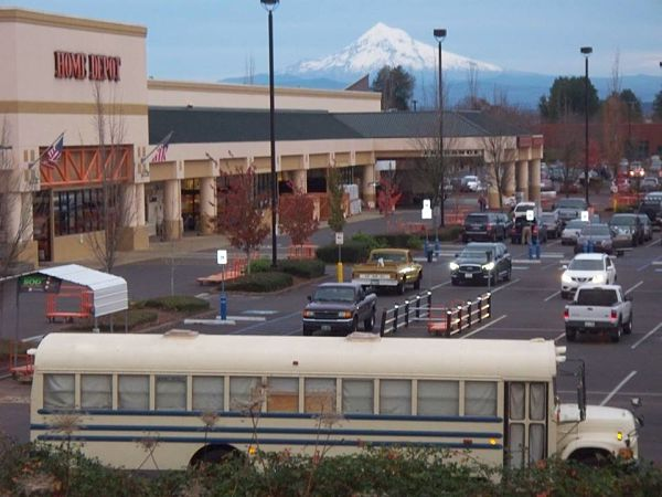 bus pic with mount hood and home depot_opt